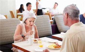 深圳婚姻问题咨询-保持恋爱新鲜感,情侣间可以这么做
